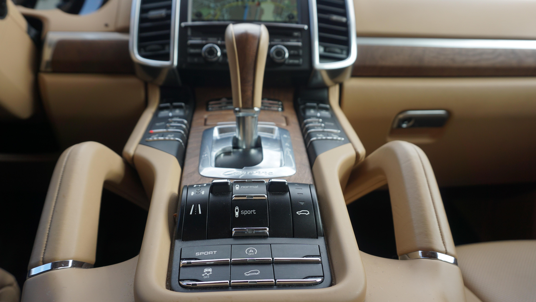 Customisation-of-luxury-goods-04